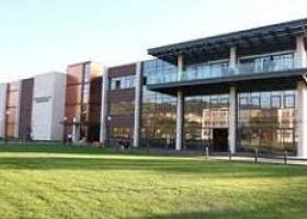 Американски университет
